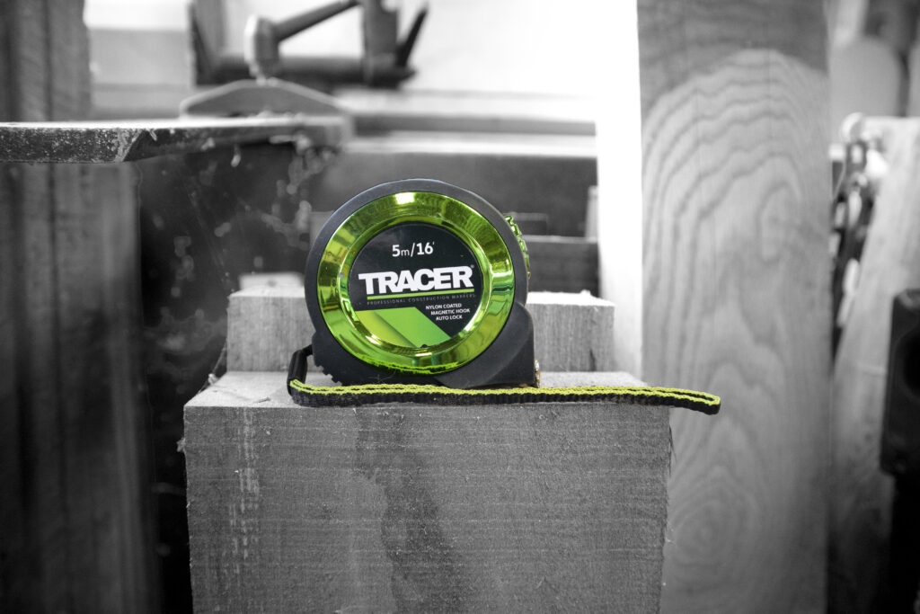 TRACER Tape Measure